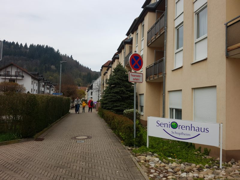 Blick in den Bifig auf das Seniorenhaus Schopfheim